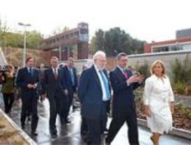 Ciudad Universitaria estrena una nueva plaza entre las facultades