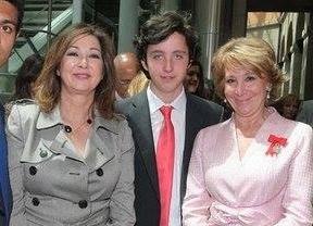 El 'Pequeño Nicolás' junto a Esperanza Aguirre y Ana Rosa Quintana