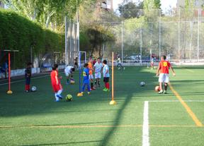 Noventa niños de La Elipa se quedan sin campo donde entrenar