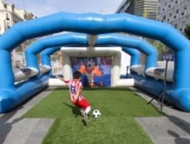 Fútbol para niños, en la Plaza Felipe II