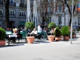 El Café Gijón se queda sin terraza