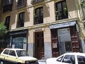 Hallado un cádaver con heridas de arma blanca en un piso del centro de Madrid