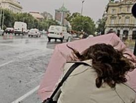 La 'tormenta perfecta' llega con viento y débiles lluvias