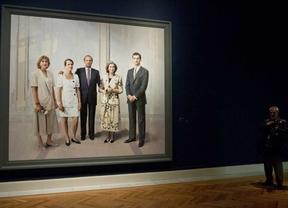 El retrato de la familia real de Antonio López ya está en el Palacio Real