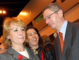Altos cargos creen que la trama perjudica la aspiración de Aguirre en el PP