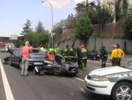Varios heridos en un accidente múltiple en la A-6