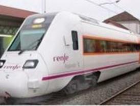 UGT convoca huelga en Renfe todos los lunes