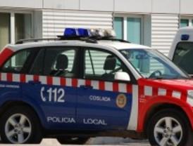 La policía descubre en Coslada a un ladrón escondido en el maletero del coche