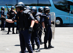 200 antidisturbios velarán por la seguridad del Rayo-Sevilla