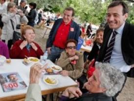 Gómez y Lissavetzky apoyan un 'envejecimiento activo'