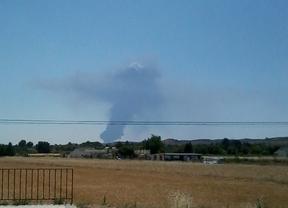Continúan activos algunos focos del incendio de Seseña