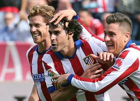 El balón parado reconcilia al Atlético con la victoria