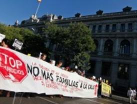 Cientos de personas toman las calles para exigir el fin de los desahucios