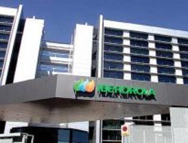 Iberdrola refuerza el suministro eléctrico a los afectados por los incendios