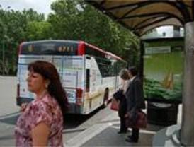 Carabanchel mejora sus paradas de autobús
