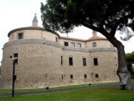 El Ejército del Aire conquista el castillo de Villaviciosa de Odón