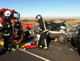 Muy grave tras chocar su coche con otro vehículo