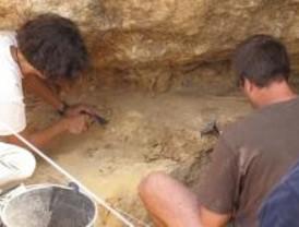 Arqueólogos protestarán contra la precariedad laboral en el estreno de Indiana Jones