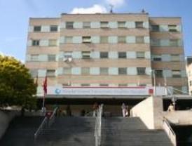 Protestas ante la llegada de Aguirre y Güemes al Hospital Gregorio Marañón