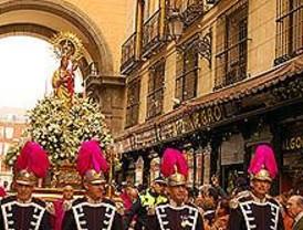 Más de veinte procesiones recorren las calles de Madrid en Semana Santa