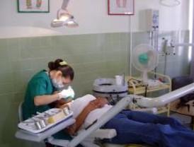Uno de cada tres madrileños tiene problemas dentales