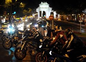 Madrid se llena de motos en el Día sin Coches