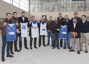Soler visita las obras del polideportivo Juan de la Cierva