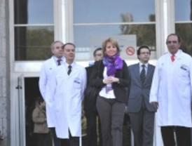 Aguirre retoma su agenda política tras someterse a una operación de cáncer de mama