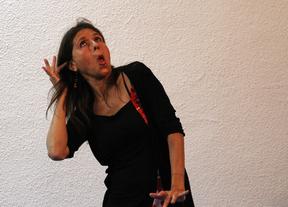 Marissa Palique, cuentacuentos en la Biblioteca Central.