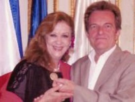 Olga María Ramos recibe la Medalla de Plata de la ciudad de Burdeos