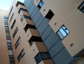 Fuenlabrada y Getafe firman el convenio contra el acoso inmobiliario