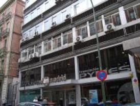 Avalmadrid adelanta 13 millones de euros de subvenciones a las pymes madrileñas