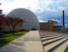 Jornada de observación astronómica en el Planetario de Madrid
