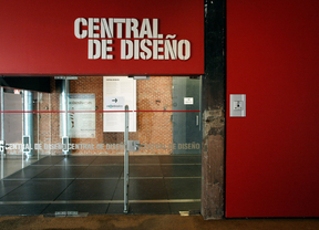 Exposición de fotos con el móvil en el Matadero