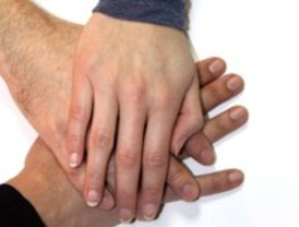 La cooperación total entre personas resulta inviable