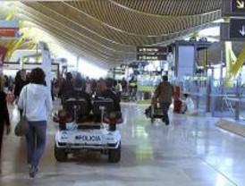 Retrasos en los vuelos a EE.UU. desde Barajas tras activarse el protocolo de seguridad