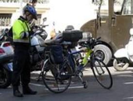 Los agentes de Movilidad se plantean dejar de multar para negociar un reglamento