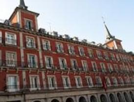 Los vecinos recogen firmas contra la transformación de la Casa de Carnicería en hotel