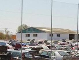 Seis detenidos al desmantelar un desguace ilegal donde vendían coches robados