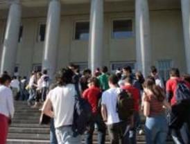 La Comunidad concede Becas de Excelencia a los mejores universitarios