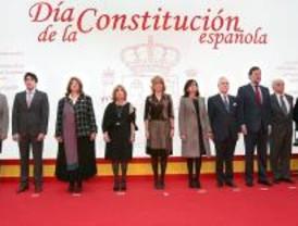 La Comunidad reivindica los 30 años de la Constitución frente a ETA