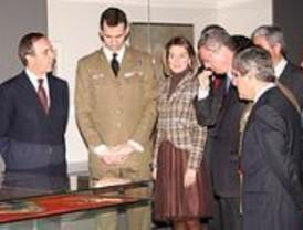 Los Príncipes inauguran una muestra sobre la Guerra de la Independencia