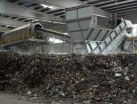 Los malos olores de Valdemingómez pueden acabar en 2011