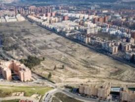 Villaverde rompe su 'Muro de Berlín'
