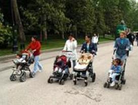 Más 17.800 madrileños disfrutaron de permiso de paternidad en 9 meses de 2007