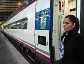 El AVE Madrid-Toledo continúa paralizado por una huelga encubierta