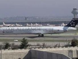 Dos aviones de Spanair sufren retrasos de hasta diez horas