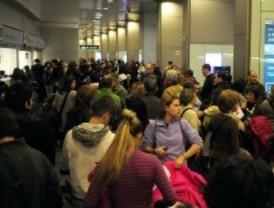 Crean una oficina para afectados por el caos aéreo