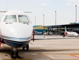 Barajas pierde un 14,7 por ciento de viajeros en los cinco primeros meses de 2013