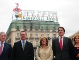 Gallardón compara el anuncio de Tío Pepe con la Torre Eiffel